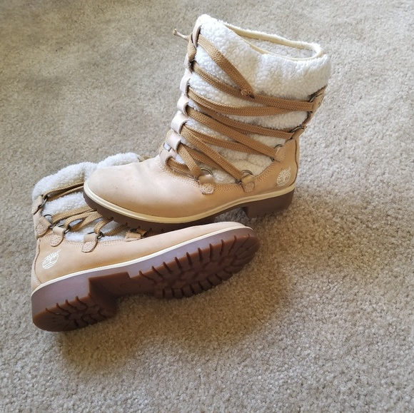 Timberland Shoes - Timberland Boots - Size 7 Woman